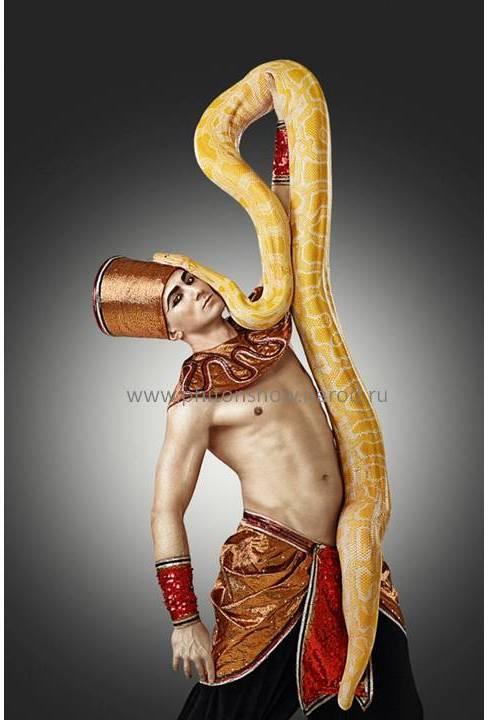 Шоу со змеей артист с питоном пригласить